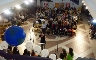 Ekonomska in trgovska šola Brežice odprla vrata mladinskim pevskim zborom